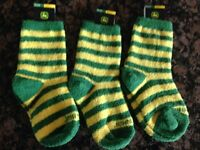 3 Pair John Deere Kids Fuzzy Socks Fit Shoe Size 9-1.5 Green Yellow Stripe