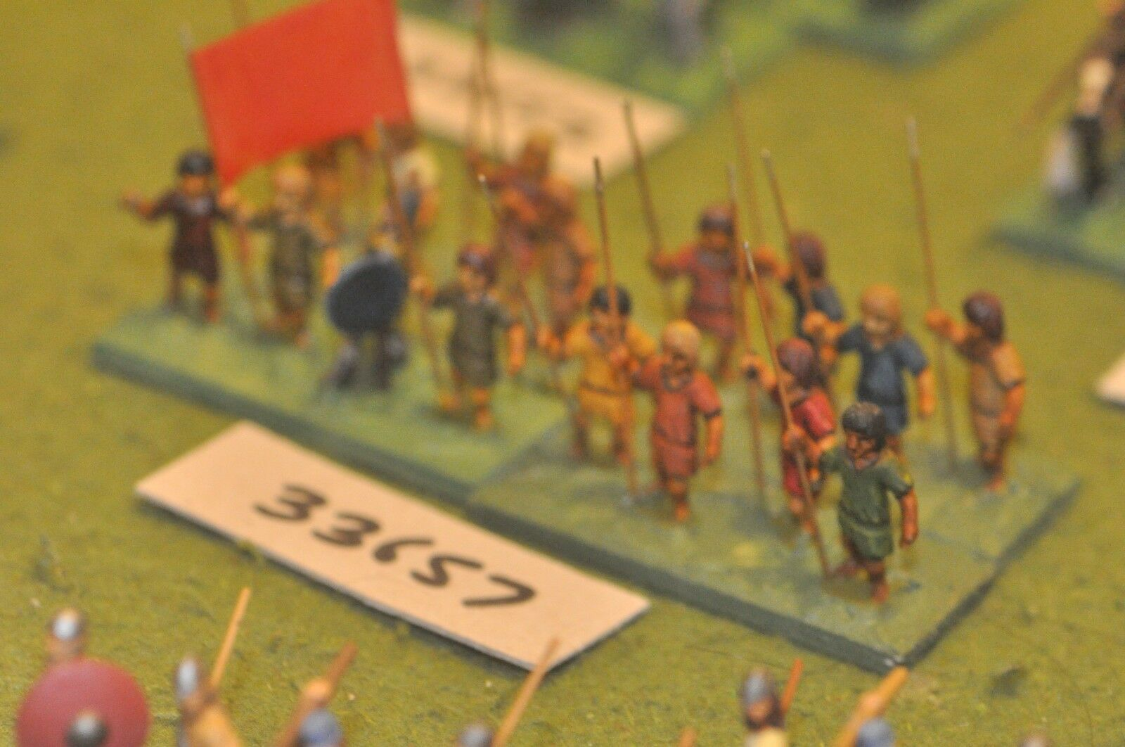 25mm dark ages   irish - spearmen 16 figures - inf (33657)
