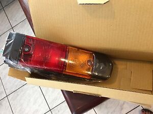 Image Is Loading 56640 26600 71 Toyota Left Side Tail Light