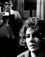 RICHARD BURTON ELIZABETH TAYLOR WHO'S AFRAID VIRGINIA WOOLF  8X10 PHOTO (ZZ-237)