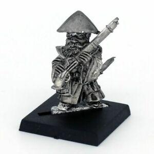 Musketeer-Standing-Warhammer-Fantasy-Armies-28mm-Unpainted-Wargames