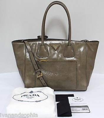 Prada * Vitello Shine Shopping BN2795 in Guinco Leather Bag Ivanandsophia