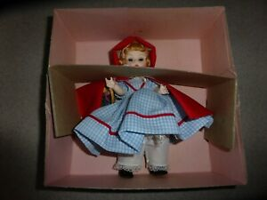 BOXED-MINT-VINTAGE-Madame-Alexander-Red-Riding-Hood-8-034-Doll-Tagged-482