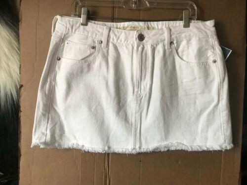 American Eagle Denim Aeo AE Tomgirl Denim Skirt MINI WHITE zipper fly Size 8,12,