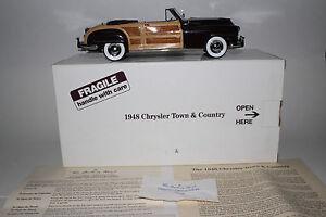 Danbury Neuf 1948 Chrysler Town Et Country 1:24 Miniature À L'échelle Lot A
