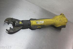 Stanley Hydraulic 6 Ton Cordless 14 4v Crimper Tool Bc06