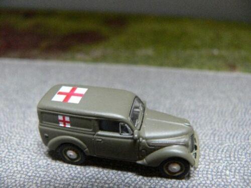 1//87 UH Norev Renault Juvaquatre Armée Krankentransport