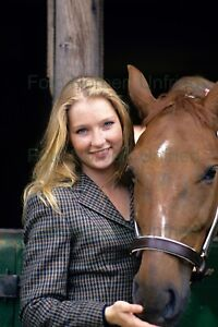 Katja-Studt-with-Horse-Film-TV-7-7-8x11-13-16in-Photo-Not-Signed-Nr-2-8