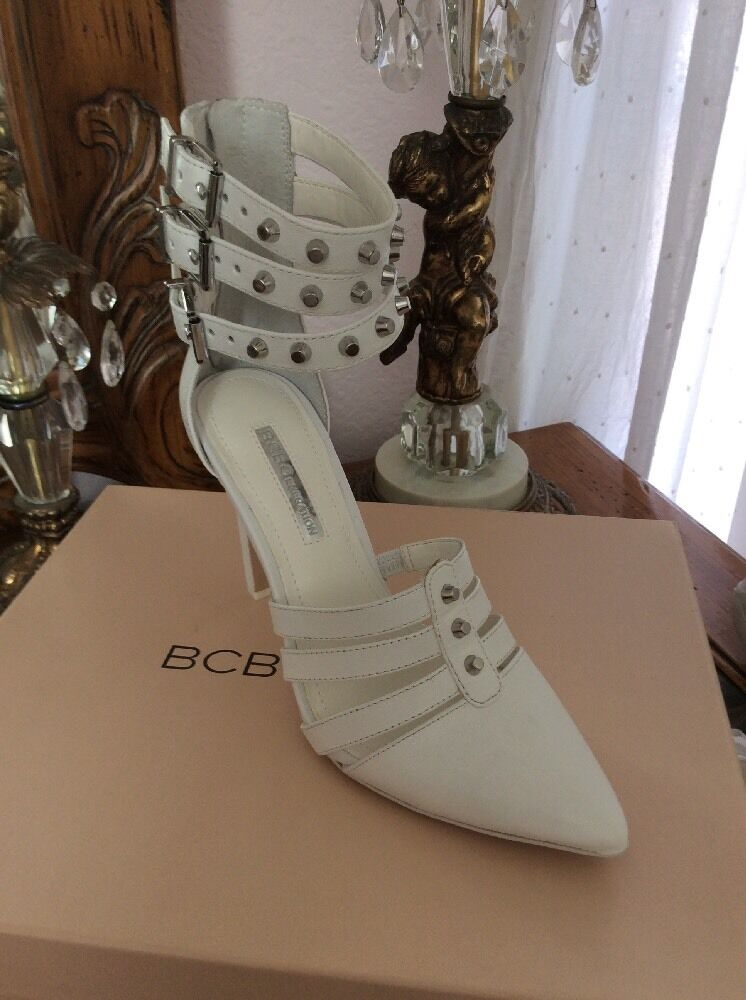 NEW Genuine Leather Sandal Heel by BCBG with with with Back Zip Size 6 White fe1b21