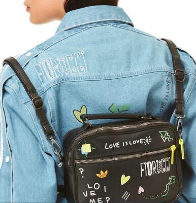 Estación cuello portátil  Nuevas Adidas Originales X Fiorucci Mini avión Trébol imitación de cuero  bolso de hombro | eBay
