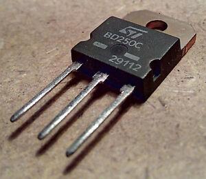 NEW STMicroelectronics BD250C PNP Transistor de Puissance