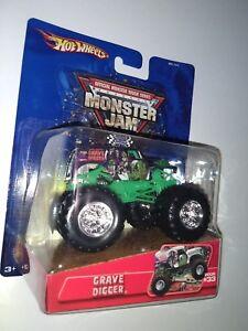 hot-wheels-monster-jam-2005-33-grave-digger-chrome