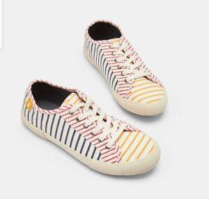 Joules-Ladies-Hotch-potch-stripe-Coast-Pump-Canvas-Lace-Up-Trainers