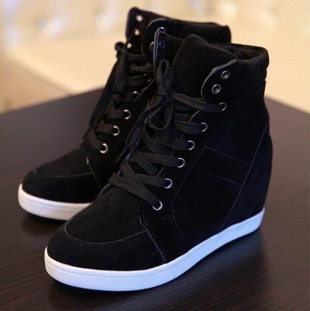 Baskets compensées à la mode pour femme Talons hauts noir et rouge Chaussures à lacets