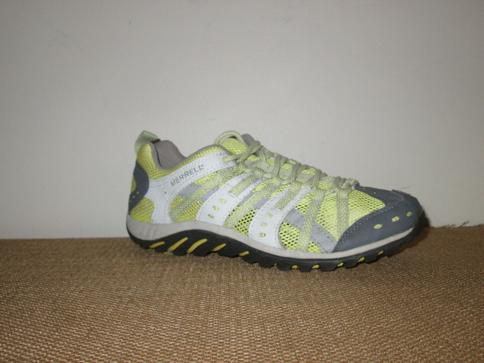 MERRELL Mykos Women's Lime Ventilate  Aquatic Hiking Running shoes Sneakers 7.5