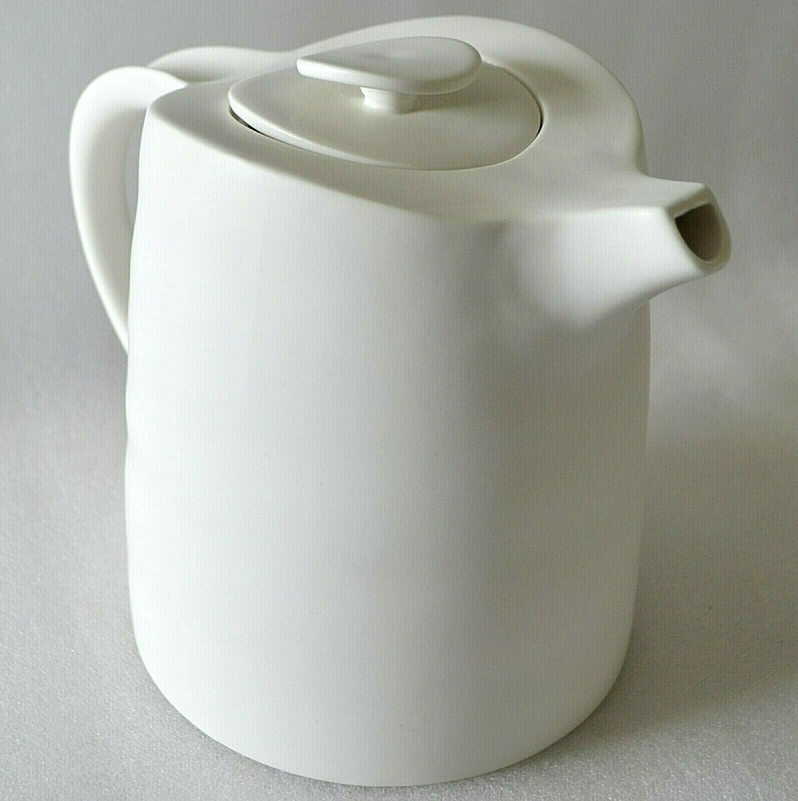 3,co Ripple Teapot blanc Matte Handmade Porcelain Tea Pot Modern Minimalist 3CO