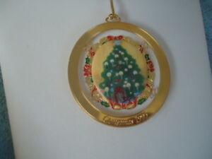 Vintage AVON Christmas 1995 Commemorative Ornament XLNT ...