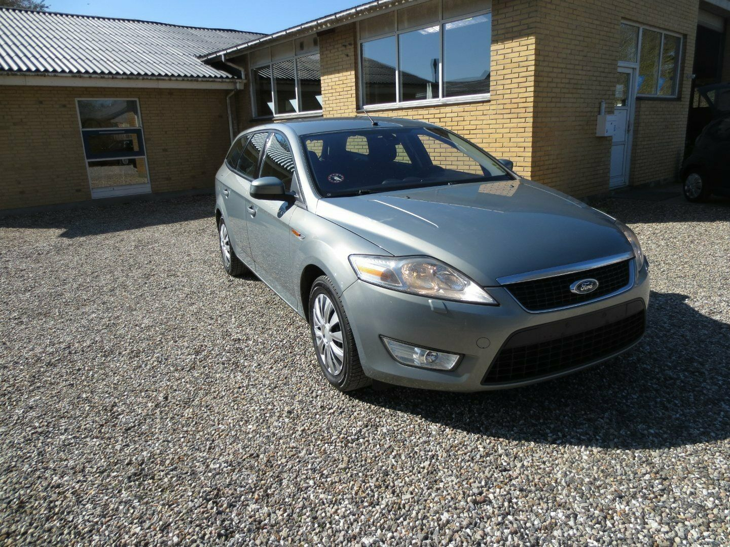Ford Mondeo 1,8 TDCi 125 Trend stc. 5d - 29.900 kr.