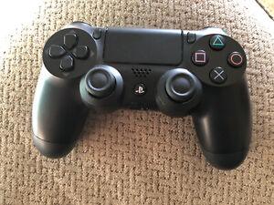 Sony-PS4-DualShock-4-Wireless-Gamepad-Controller-CUH-ZCT1U-Used