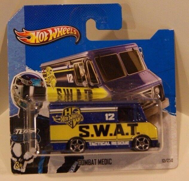 2013 Hot Wheels HW City SWAT Combat Medic ERROR Missing Interior Doors Window