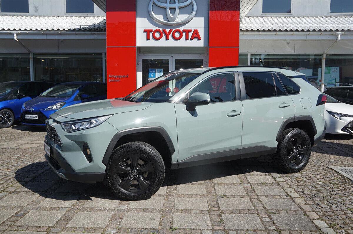 Toyota RAV4 2,0 T3 Smart CVT AWD 5d - 359.900 kr.
