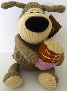 034-BOOFLE-034-PLUSH-PUP-WITH-034-HAVE-A-YUMMY-SCRUMMY-BIRTHDAY-034-CUPCAKE-BIRTHDAY-GIFT-BN