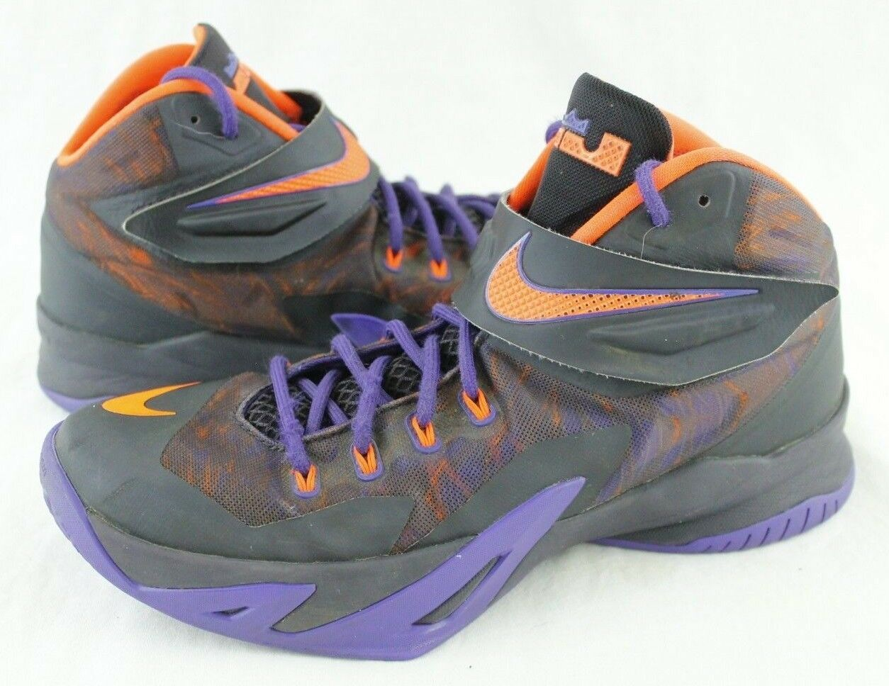 NIKE ZOOM SOLDIER VIII 8 PRM Basketball Shoes Mens 9 Purple Orange Accents Wild casual shoes