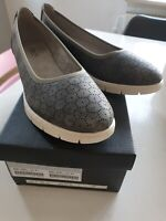 Med kraftig kvalitet og hårdhed Adidas Sneakers Sko Dame