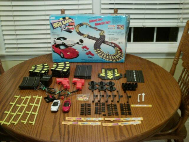 Artin High Bank Racing Slot car Set