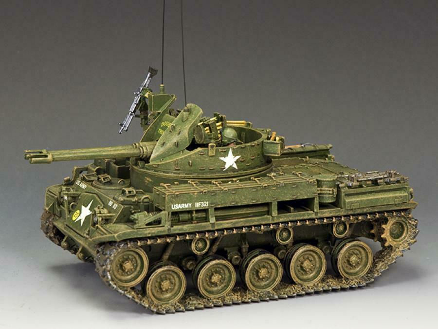 King and Country VN033  The M42 DUSTER  Vietnam 1 30 Scale Display Tank
