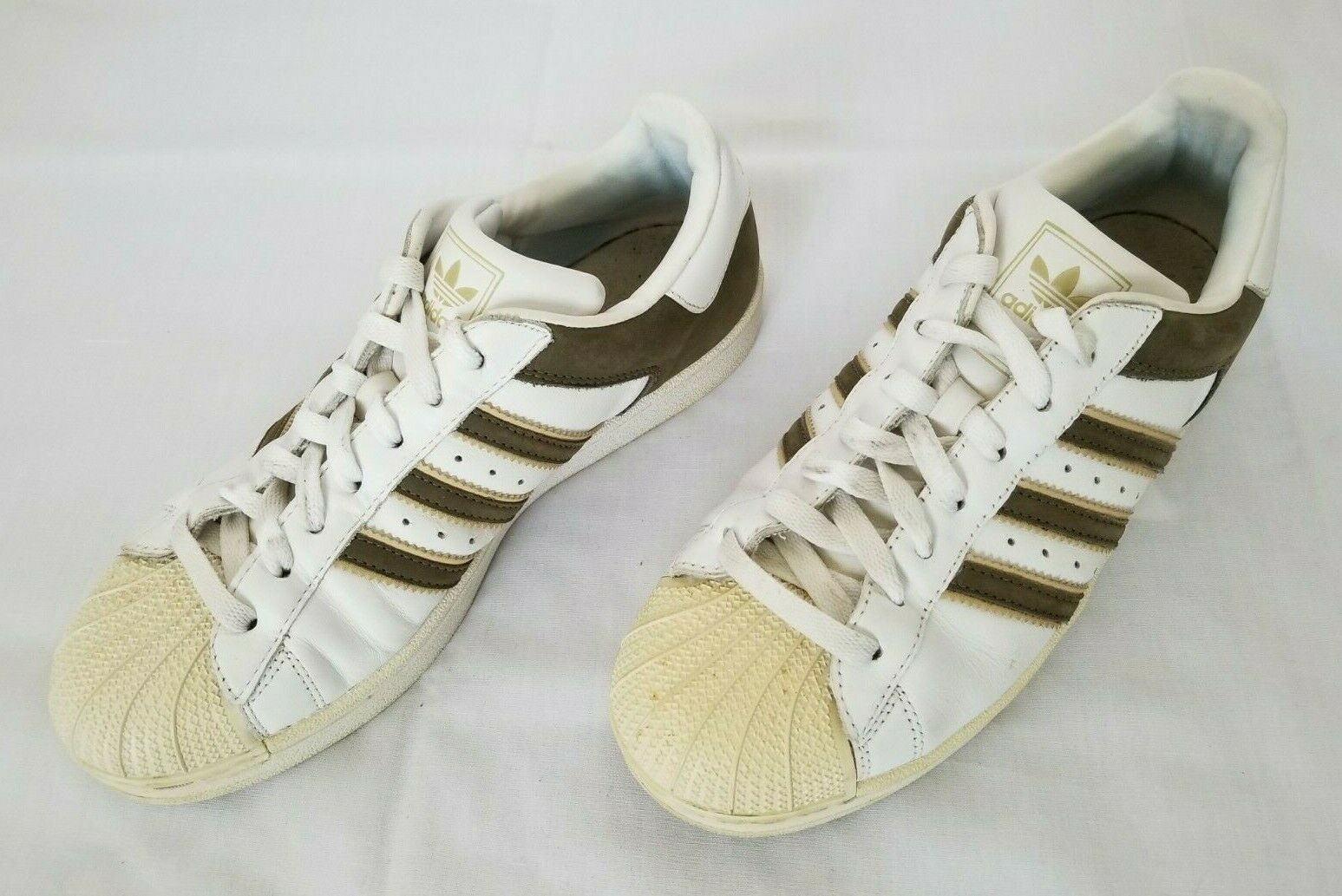 Mens Size 8 White Taupe Tan Vintage Adidas Superstar Leather Casual shoes