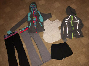 Girls-Ivviva-By-Lululemon-Size-6-amp-8-Clothing-Lot-Black-Pants-Jacket-Shirt