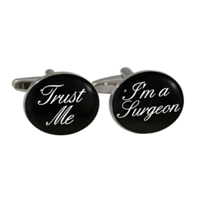 Trust Me I/'m A Surgeon Pin Badge medical doctor dr medic surgery BRAND NEW