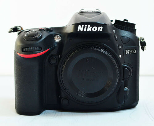 1 of 1 - Nikon D7200 24.2 MP Digital SLR Camera - Black (Body Only)