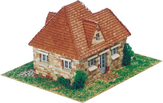 Aedes 1406. Maqueta Refugio 2000. Construccion de ladrillos