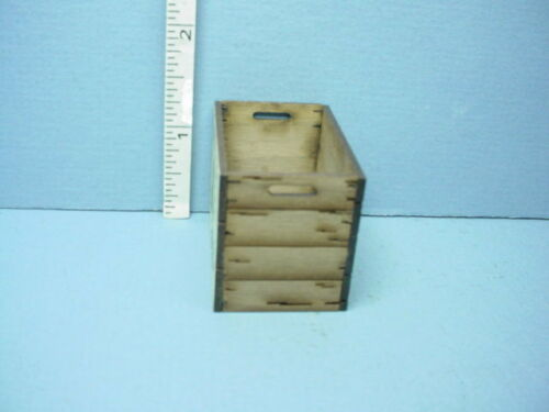 """Dollhouse Miniature Tall Assembled Crate /""""Franklin Apples/"""" Laser Creations 1//12"""