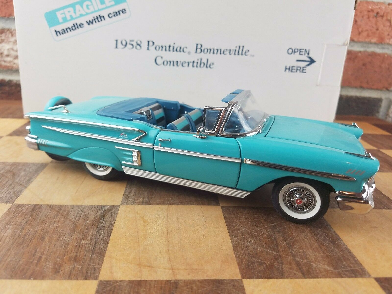 Danbury Mint 1958 Chevy Impala Congreenible, 1 24,