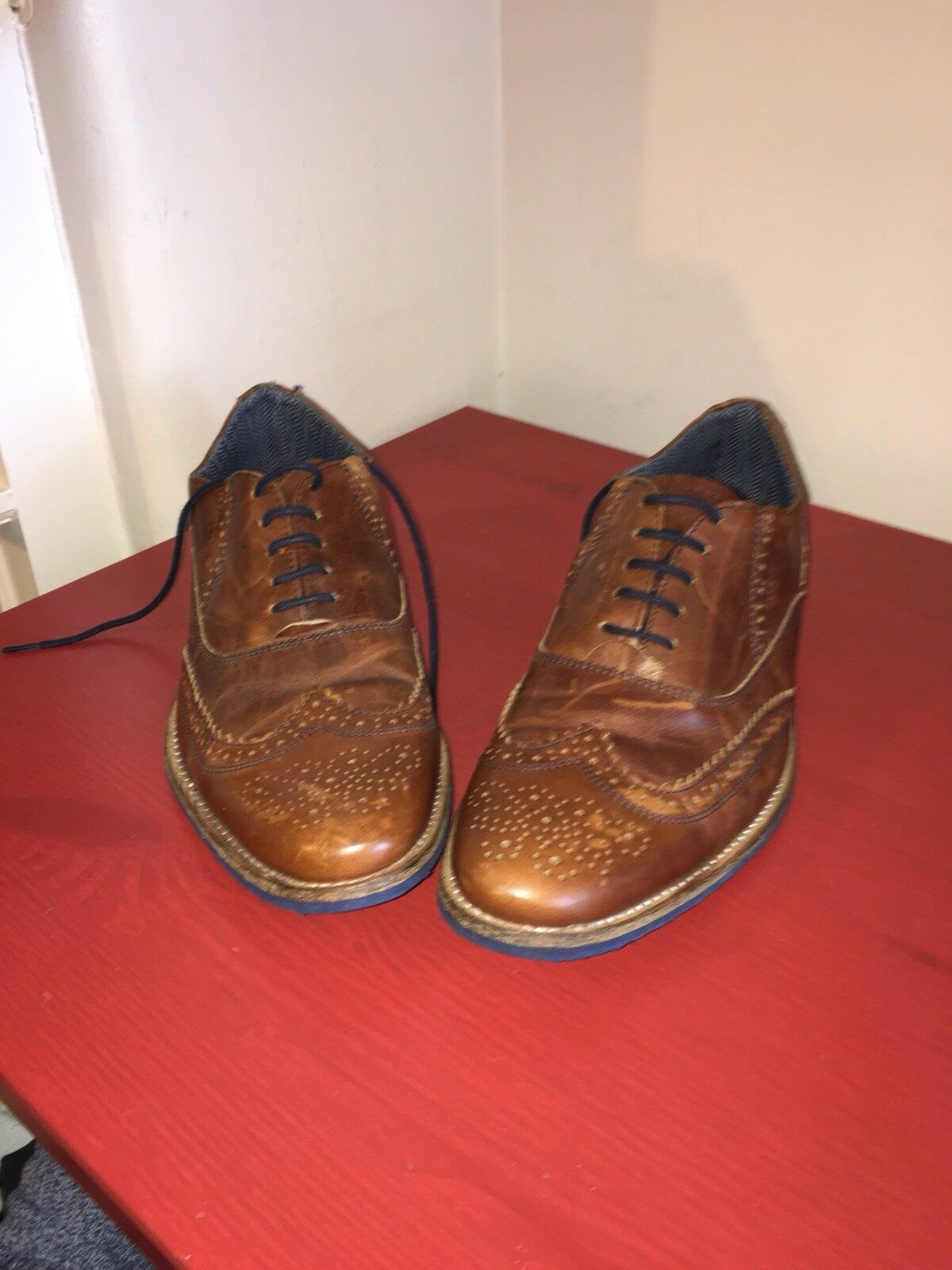 mens brown shoes size 8 used