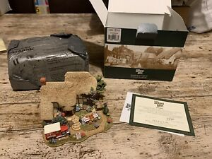 Lilliput-Lane-Strawberry-Fields-2004-Anniversary-Cottage-Boxed-With-Deeds