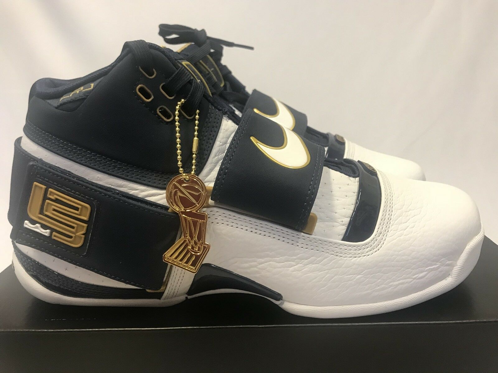 Nike Zoom LeBron Soldier 1 25 Straight Comfortable New shoes for men and women, limited time discount