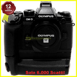 Fotocamera digitale Mirrorless Olympus OM-D E-M1 con grip HLD-7 micro 4/3. MFT