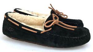 df81959492b4 Ugg Dakota Moccasins Women s Indoor   Outdoor Black Slippers Size 7 ...