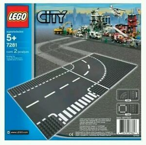 LEGO-City-7281-T-Junction-and-Curve-Road-Plates-Brand-New-and-sealed