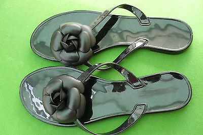 Sandalias Zapatos De Las Señoras Negro Brillante Decorado Con Rosa Negra (casi Nuevo)