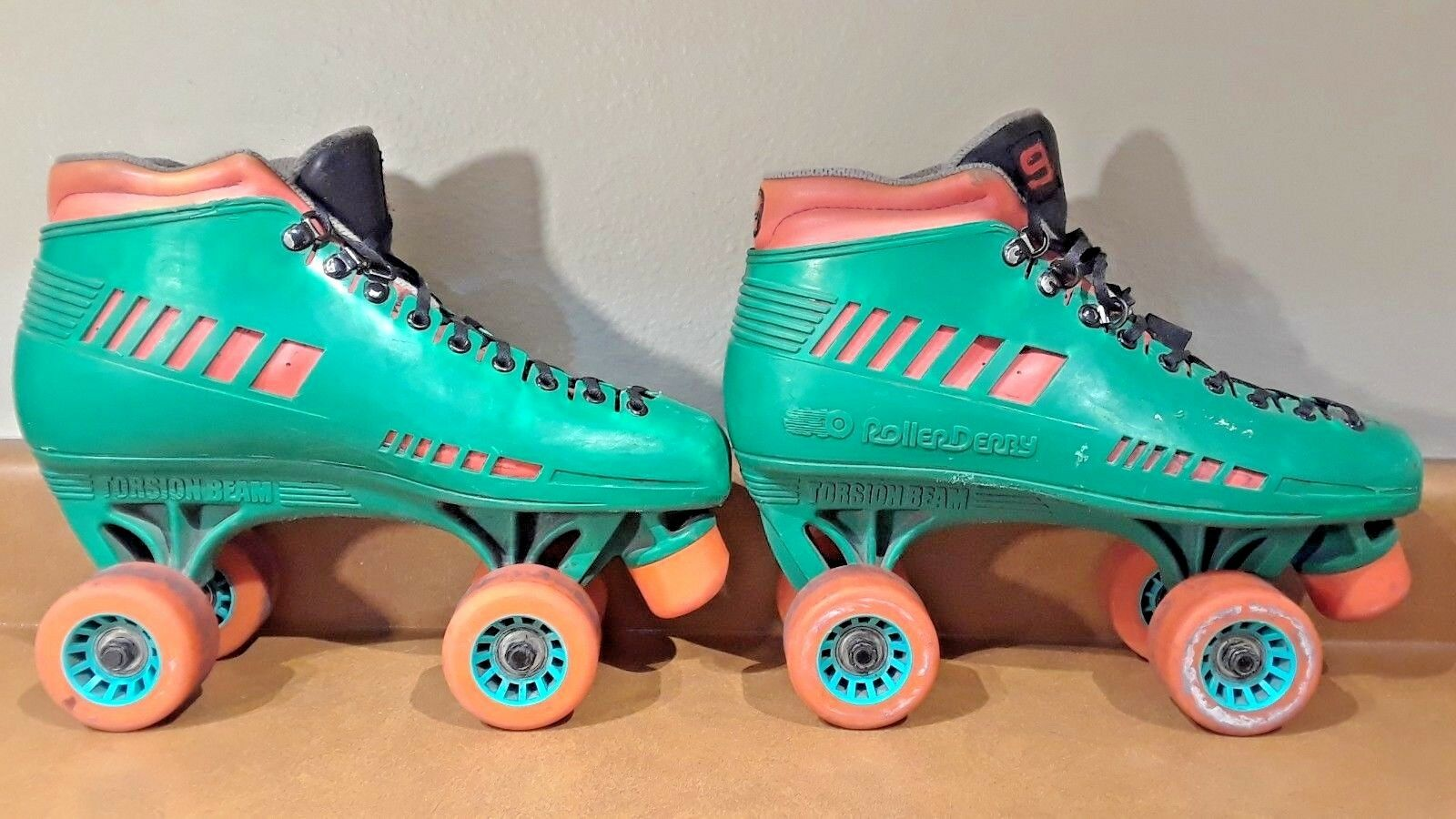 Roller Old Derby Torsion Beam Old Roller School Hipster Grün/Orange Roller Skates SIZE 9 59e722