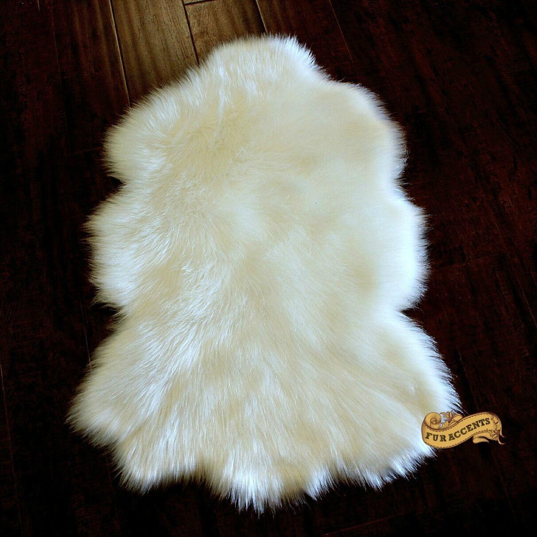 FUR ACCENTS Sheepskin Faux Faux Faux Fur Accent Rug Off Weiß Lux Fur 4c0eba