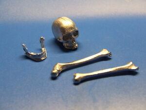 WK II Maßstab 1:16 RC Panzer Zubehör Schädel mit Knochen NEU