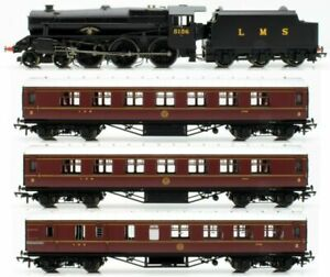 Hornby-R3299-OO-Gauge-Train-Pack-039-Going-Home-039-Black-5-Loco-and-3-LMS-coaches