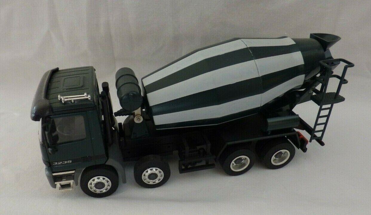 NZG Modelle No 449 450 Mercedes acrtos Concrete Mixer 3235 Green 4 Axle 1 43