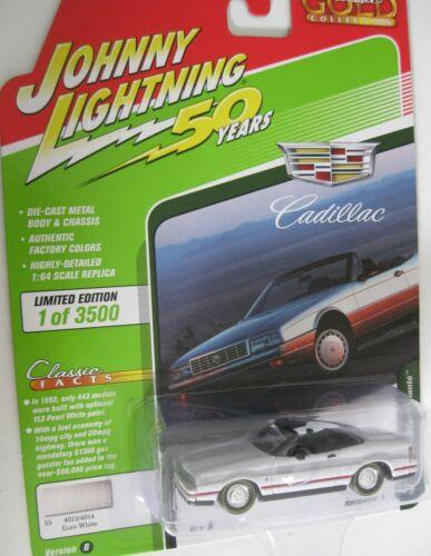 1992 Cadillac Allante  Cabrio White **RR** Johnny Lightning Auto World 1:64 NEU